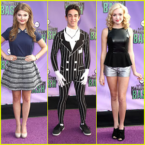 Peyton List & Stefanie Scott: The Hub's Halloween Bash 2013