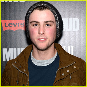 Sterling Beaumon Cast in Indie Comedy 'Senior Project'