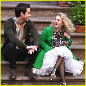 AnnaSophia Robb: Last Days on 'Carrie Diaries' Set