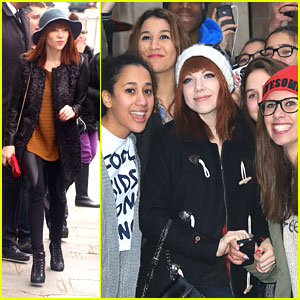 Carly Rae Jepsen: Fan Friendly in France!