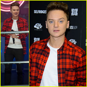 Conor Maynard: Oxford Street Christmas Lighting!