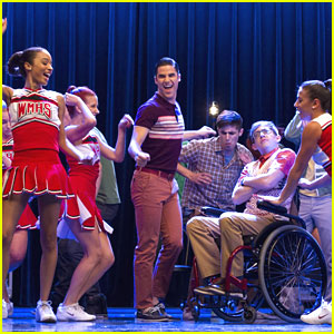 Darren Criss Puts An 'End To Twerk' on 'Glee'