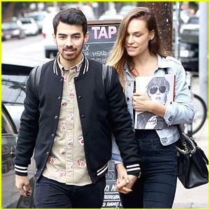 Joe Jonas: Jonas Brothers Twitter ReLaunched
