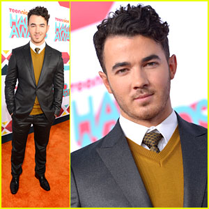 Kevin Jonas - TeenNick HALO Awards 2013