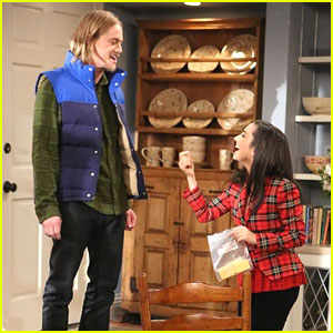 Molly Ephraim Breaks Up with Christoph Sanders on 'Last Man Standing'!