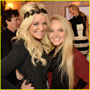 Lauren Alaina & Danielle Bradbery: CMT Next Women of Country