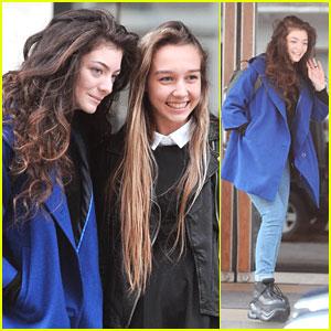 Lorde: Fan Friendly in London!