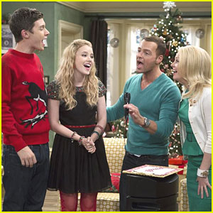 Taylor Spreitler: 'Melissa & Joey' Holiday Episode - First Pics!