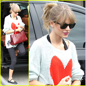Taylor Swift: Dance Class Ahead of AMA Awards 2013