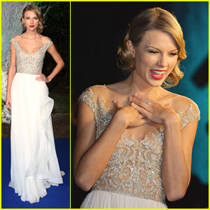 Taylor Swift: Winter Whites Gala 2013
