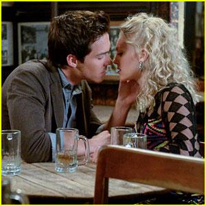 Carrie Diaries: 'Borderline' Pics & Preview!