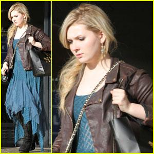 Abigail Breslin: Beverly Hills Barneys Shopper