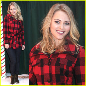 AnnaSophia Robb: Bongo Holiday Denim Recycling Event
