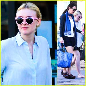 Dakota Fanning: After Christmas Mani Pedi with Mom