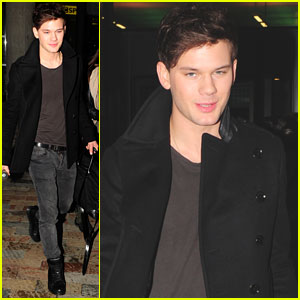 Jeremy Irvine Almost Gave Up Acting!