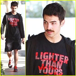 Joe Jonas: Tuesday Gym Time