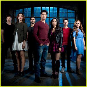 'Teen Wolf' Season 3B Exclusive Cast Photo!