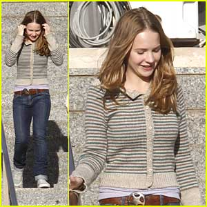Britt Robertson Continues 'Tomorrowland' Filming in Spain