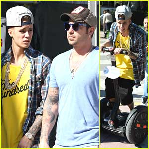 Justin Bieber: Downtime in Miami with Dad Jeremy