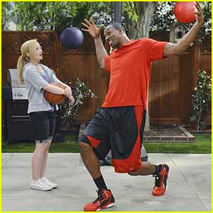 Dove Cameron: Dwight Howard Guest Stars on 'Liv and Maddie'!