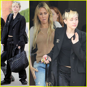 Miley Cyrus: Kitchen 24 Lunch with Mom Tish!