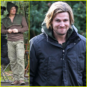 Stephen Amell Dons Wig for 'Arrow' Filming
