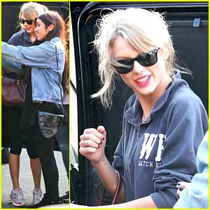 Taylor Swift: Fan Pics After Weekend Workout