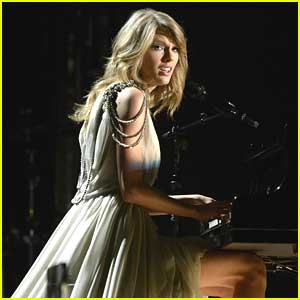 Taylor Swift: 'All Too Well' Performance at Grammys 2014