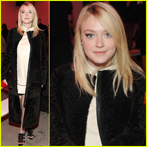 Dakota Fanning: Pretty at Proenza Schouler Show