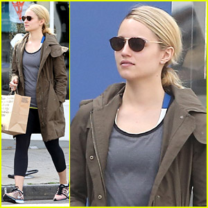 Dianna Agron: American Apparel Shopper