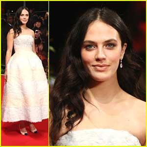 Jessica Brown-Findlay: 'Winter's Tale' Premiere in London