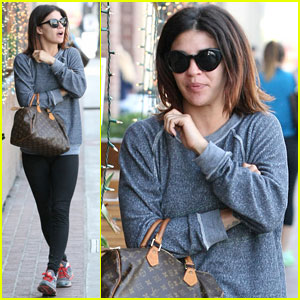 Jessica Szohr Steps Out After Aaron Rodgers Dating Rumors
