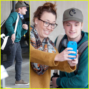 Josh Hutcherson: Fan-Friendly Arrival in Atlanta for 'Mockingjay' Filming