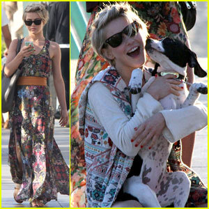 Julianne Hough: Puppy Kisses in Manhattan Beach!