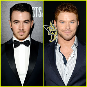 Kevin Jonas & Kellan Lutz: Hollywood Domino Gala Guys!