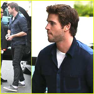 Liam Hemsworth Back in LA After Ice Storm on 'Mockingjay' Set