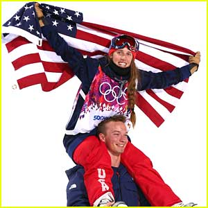 Maddie Bowman Wins GOLD in Halfpipe Skiing at Sochi Olympics