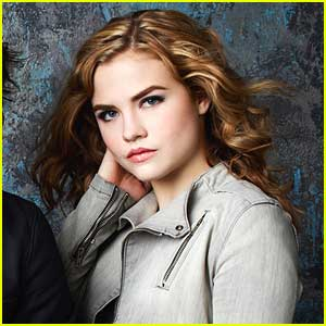 Maddie Hasson Chats 'Twisted' Winter Premiere
