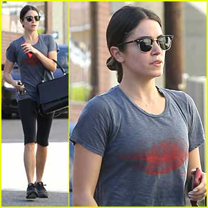 Nikki Reed: SWAK Lip Tee For Gym Session