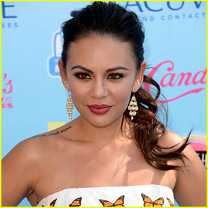 Pretty Little Liar's Janel Parrish Books 'Drop Dead Diva' Guest-Starring Role!