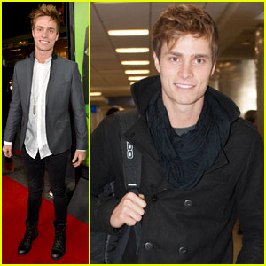 Spencer Sutherland Arrives at LAX Airport Before 'Vampire Academy' Premiere