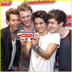 The Vamps: Ivy Restaurant Lunch After Radio Disney Visit