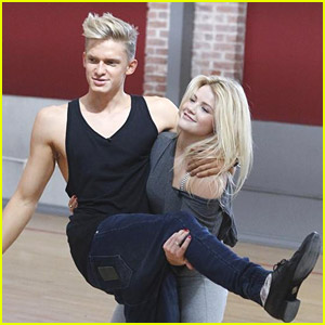 Cody Simpson To Play Universal Orlando Ahead of DWTS Premiere