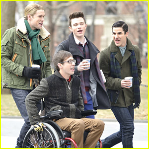 Chord, Chris, Darren & Kevin Keep Coffee Close on 'Glee' NYC Set