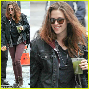 Kristen Stewart: All Smiles on 'Still Alice' Set!