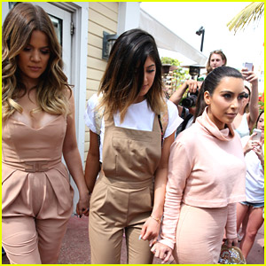 Kylie Jenner: Miami Beach Lunch with Kim & Khloe!