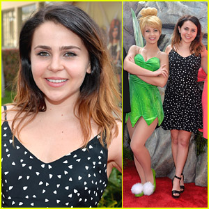 Mae Whitman Premieres 'The Pirate Fairy' with Tinker Bell & Rowan Blanchard!