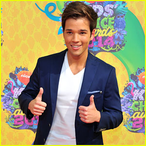 Nathan Kress & Madisen Hill Aren't Married Yet!