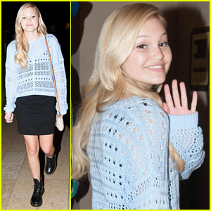 Olivia Holt Grabs Dinner with Her Rents