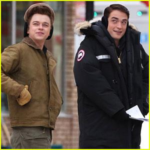 Robert Pattinson & Dane DeHaan Still Smiling on Freezing Cold 'Life' Set